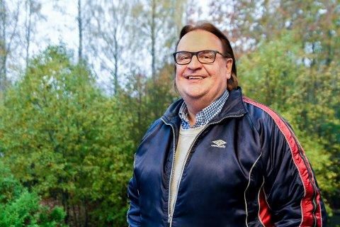 TRIVES: Fotballagent og forretningsmann Ole Ray Grødseth havnet tilfeldigvis i Askim og falt pladask. Nå stortrives han i sin nye bolig i Tonerudveien.