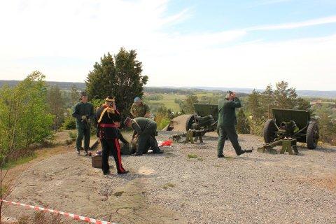 MISTET ARMEN: En mann ble hardt skadet under salutteringen på Høytorp Fort 17. mai i fjor.