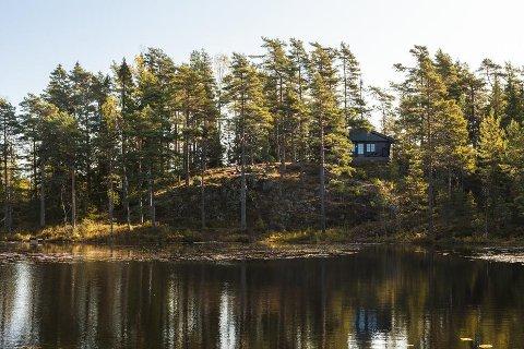 Romslig og nyoppusset: Arnbjørnrud er ei ubetjent hytte i DNT-systemet. Den har tre 4-mannsrom. Foto: Fred L. Larsen/DNT Indre Østfold