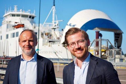 I MOSS FREDAG: Administrerende direktør i Bastø Fosen Øyvind Lund og klima- og miljøminister Sveinung Rotevatn.