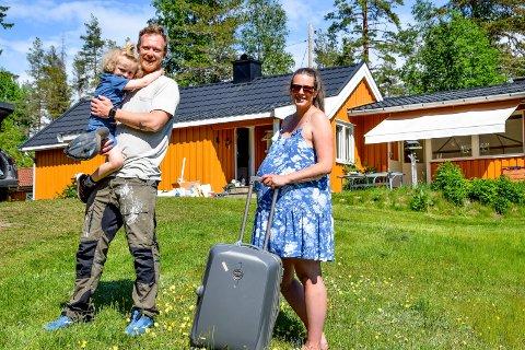 Espen Thunshelle Ringstad (37) og Maria Løland (34) gleder seg til å flytte inn på Nybo med deres sønn Mino på tre og et halvt år. Snart blir de også flere.