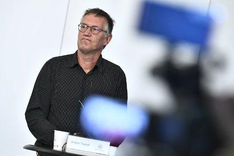 TESTER MER: - Vi kommer til å ligge på et nivå med flere tilfeller en periode, men på sikt innebærer dette bedre kontroll med pandemien i Sverige, sa statsepidemiolog Anders Tegnell mandag om resultatene av økt testing. Foto: (NTB scanpix)