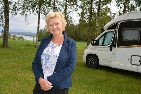 Wenche Bjørknes hadde store forhåpninger til bobilturistene. Men hun ble skuffet.
