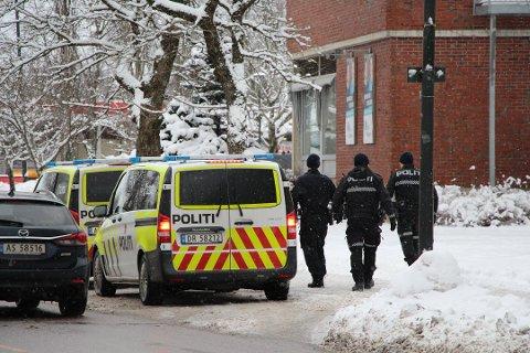 VOLDSHENDELSE: Politiet fikk melding om en voldshendelse i Rakkestad sentrum torsdag.
