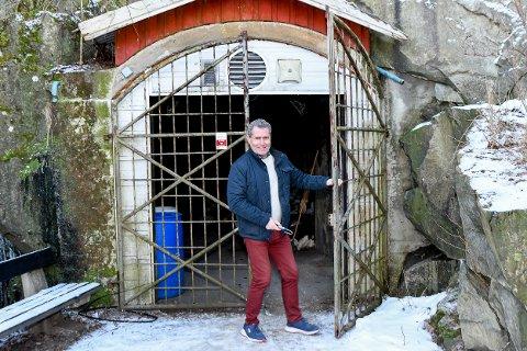 MÅ GJØRES NOE: Ulf B. Karlsen og Askim Pistolklubb håper kommunen raskt får på plass en bruksendring for Prestenga Skytepark.
