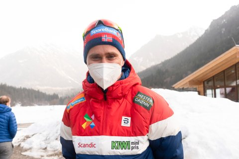SPENT: Ola Vigen Hattestad debuterer som norsk landslagstrener i et mesterskap. Nå gleder han seg til torsdagens sprint i VM. Foto: Terje Pedersen / NTB