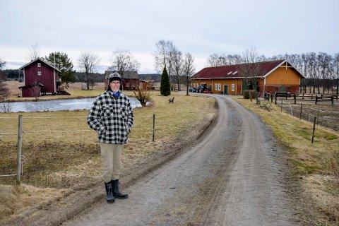 Øivind Gryteland har drevet gården Pyth i over 40 år.