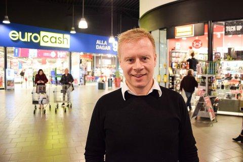 SKIFTER BEITE: Fram til 2020 var Lars Erik Erøy senterleder på Töcksfors Shoppingcenter. Det siste året har han jobbet som eiendomssjef i Thon Holding AS. Nå skifter han beite igjen og blir ny daglig leder for AFB Eiendom AS.