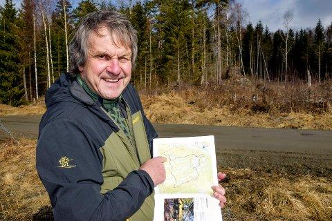 Skimtefjellrunden i Spydeberg er en av turene Svein Syversen varmt anbefaler. Denne turen på vel én mil er, som de andre 54 turene, nøye beskrevet med kart, tekst og bilder i boka.