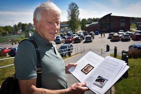 Har skrevet skolehistorien: Teologen, lektoren, tidligere ordfører i Askim og nå forfatter, Hans Jakobsen (75).