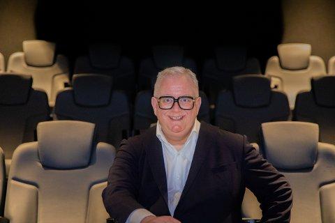 PRISVINNER: Ivar Halstvedt får pris for sitt arbeid for å fremme nordisk og europeisk kinoindustri.