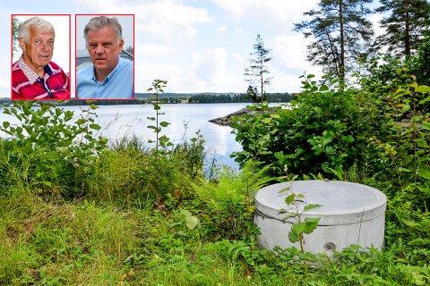 Hytteeier og vel-leder Stein Øberg (t.v.) og kommunalsjef Vidar Østenby er enige om at man nå har funnet en god løsning for ilandføringen av fiberkabel ved Kåtorpknausen.