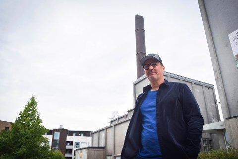 Satser ved Viking-pipa: Mysen-mannen og bryggerisjef Audun Solbrekke, og aksjonærene i selskapet Slakteren Brygghus, har store planer for å utvikle det gamle fyrhuset ved Viking-pipa i Askim .