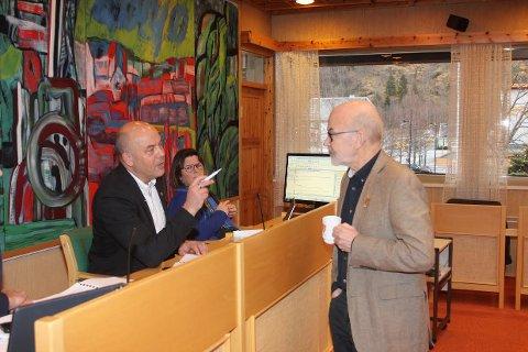 OMKAMP: Ordførar Audun Mo og varaordførar Jan Olav Fretland vil ha omkamp om Kosen. (Arkivbilete)