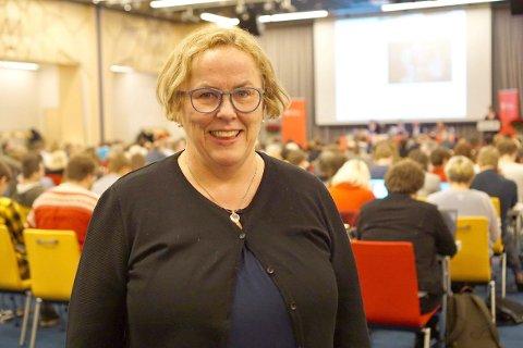 NY SITUASJON: Clara Øberg, stabssjef for tannhelsetenesta i Vestland fylkeskommune forstår frustrasjonen i Balestrand, men viser til at klinikken i Høyanger er moderne og er opprusta til å ta i mot balestrendingane.