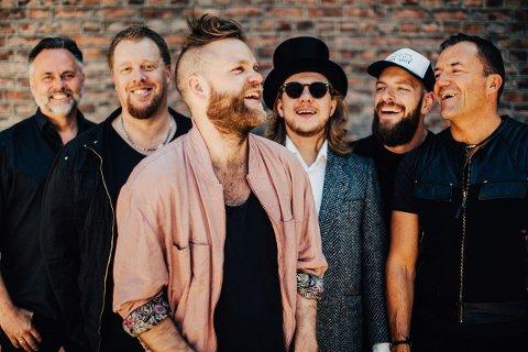 STAUTE KARAR: Det blir folkrock i Meieriparket når Valdres-bandet Staut går på scena under årets Målrock. (Pressefoto)