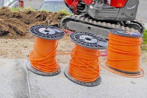 BREIBAND: Kobbernettet skal no fasast ut. For å bidra til at alle får et godt alternativ, føreslår regjeringa å løyva 50 millionar kroner ekstra til utbygging av breiband.(Illustrasjonsfoto)