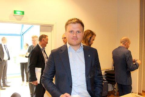 Aleksander Øren Heen, Senterpartiet.