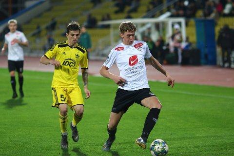 SKUFFA: Mathias Sundberg og resten av Sogndal-juniorane tapte 2-0 i den første kampen mot FC Sheriff. No vil Sundberg og kompani ha revansje heime på Fosshaugane om tre veker. (Foto: Rune Sjøberg)