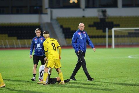HAR TRUA: Nils Tore Krosshaug og Rune Bolseth har trua på Sogndal kan revansjera 2-0 tapet borte mot FC Sheriff når dei kjem til Fosshaugane 27. november. (Foto: Rune Sjøberg)