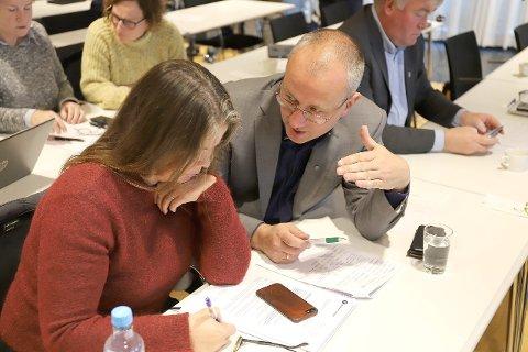 MØTE: Tysdag var det møte i formannskapet til nye Sogndal. (Arkivfoto)