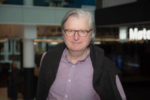 BLI MED: - Undersøkande journalistikk har aldri vore viktigare, seier Per Christian Magnus, som no jaktar koronahistoriene som ikkje er fortalde.