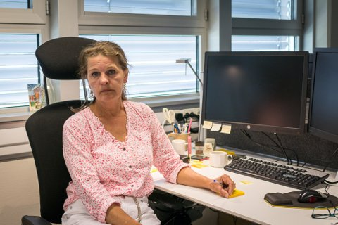 – NITRIST: Hanne Lid er klubbleiar for Firda sine medlemmar i fagforeininga Parat. Ho seier det er nitrist at dei ikkje har fått moglegheit til å motbevisa prognosane for fallande annonsesal.