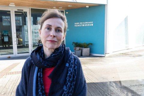 SLUTTAR: Hanne Storm Ofteland begynte som sjef på Sogn og Fjordane Kunstmuseum i Førde 1.oktober 2018. Under to år etter, har ho sagt opp stillinga.
