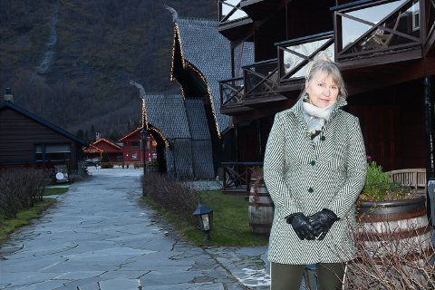 ALVORLEG SITUASJON: Aud Melås brukar å ha vinterope på Flåmsbrygga hotell. No går det mot stenging og ho veit ikkje når hotellet opnar dørene att.
