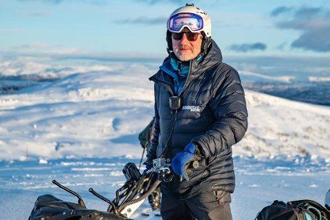 BEHOV: Per Odd Grevsnes fortel at dei profesjonelle aktørane har behov for dyktige snøskutersjåførar.