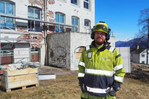 AVSLUTTA: Øyvind Åsarmoen Møller og Sogn stillas og sikring har avslutta samarbeidet med investorane om renovering av Harastølen.