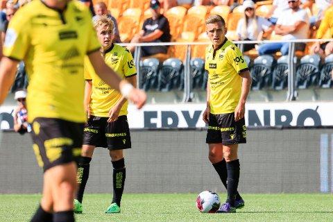NY FARGE: Kristoffer Valsvik blei berre verande i Sogndal i seks månader. Søndag spelte han mot gamle lagkameratar for sin nye klubb Start.