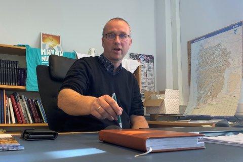 IKKJE NØGD: Sogn regionråd, her representert av leiar i samferdsleutvalet, Arnstein Menes, har fleire ankepunkt mot framlegget til RTP.