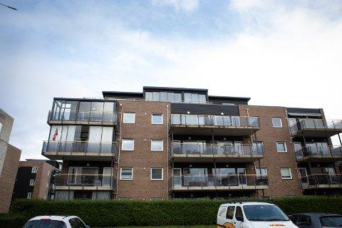 En av leilighetene i blokken i Fredtunvegen 10F ble solgt i løpet av september. Totalt har 63 boliger skiftet eier forrige måned.