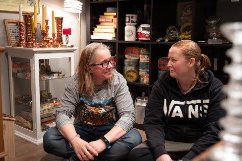Ingunn Faldaas og Tonje Nilsen elsker gamle ting og er stadig på skattejakt på loppemarkeder og antikkmesser. Huset i Tananger er fullt av bruktfunn.