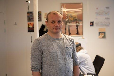 Daglig leder i Misc Games, Sola-beboer Gøran Myrland, kan se tilbake på noen begivenhetsrike år. Spillet han fikk en idé om for 20 år siden har solgt over 100.000 kopier på verdensbasis når alt er inkludert.