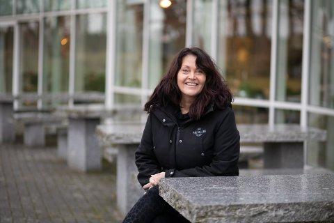 – Å være frivillig skal være lystbetont og av fri vilje. Hvis du har litt ekstra tid og ønsker å fylle fritiden din med noe, kan jeg være med å tilrettelegge, sier Heidi Reiersen, leder i Sola frivilligsentral.