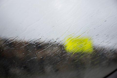 Etter gode dager med sol kommer det klassisk vestlandsvær tilbake, og det står regn på menyen.