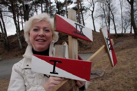 Marianne Evensen på kulturkontoret har lagt ut nye løyper for årets Solaturer. - Påsken er en god anledning til å lete etter rebusen, sier Evensen.