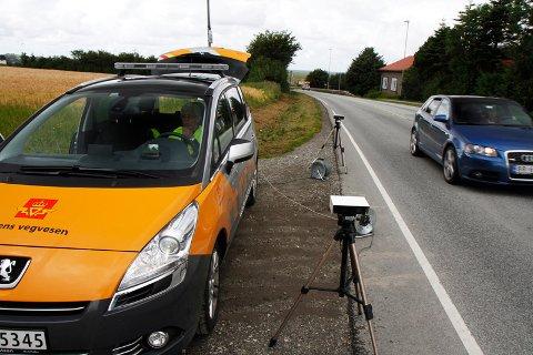 Fredag formiddag kontrollerte Vegvesenet bilister på Soma. Det resulterte i at flere måtte parkere bilen. Bildet er fra en kontroll i 2012.