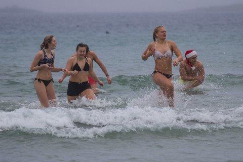 Ingenting er som en tur på stranden med gode venner. I desember.