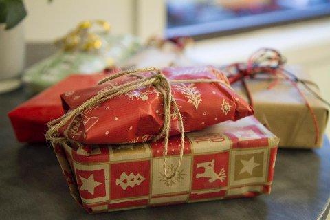 Det kan bli mange harde gaver under juletreet i år. Men hva om du ønsker å bytte dem?
