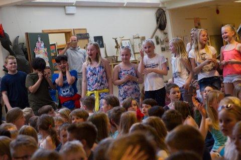 Elevene ved Storevarden skole vant dobbelt gull i årets Nysgjerrigper-konkurranse.