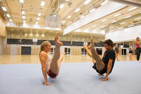 MUSKLER: Jenny Rygh og Jonathan Leon Solheim trener nesten hver dag for å bli klare til EM.