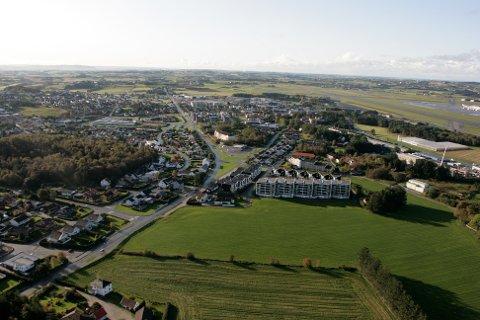 Utbyggingsområdet på Sande vil gi flere hundre nye boliger.