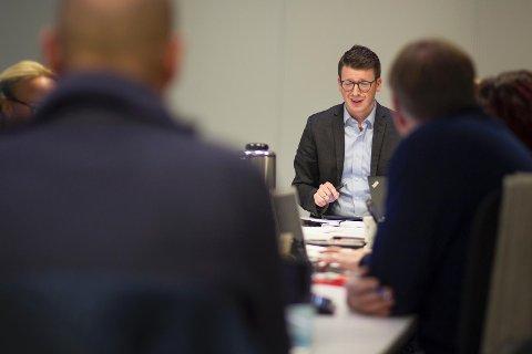 MEKLING: Ordfører Ole Ueland (H) må mekle om flere punkter for å få godkjent kommuneplanen.
