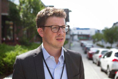 Ordfører Ole Ueland (H) vil ikke sette i gang en prosess for å få behandlet tiggeforbudet på nytt, selv om partiet han tilhører har vedtatt at tigging er en menneskerett.
