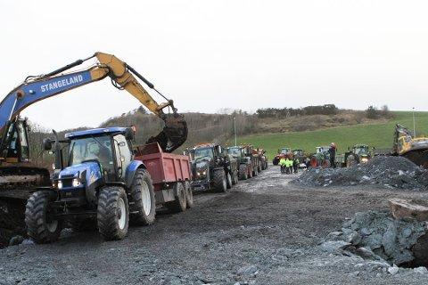 Arbeidsfellesskapet Implenia Norge AS og Stangeland Maskin AS var dei einaste som leverte tilbod på Kvitsøy-kontrakten i E39 Rogfast-prosjektet.