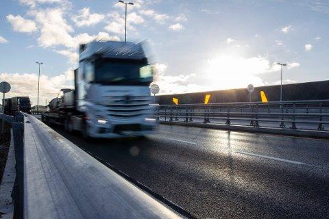 Illustrasjonsfoto. Hittil har ingen mistet livet på veiene i Rogaland i år. Fortsetter de lave tallene kan det bli det laveste antallet trafikkdrepte i Norge siden 1947.