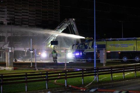 – Sprinkleranlegg kan forsinke en brann slik at brannmannskap får bedre tid på seg til å slokke, påpeker Tryg forsikring.